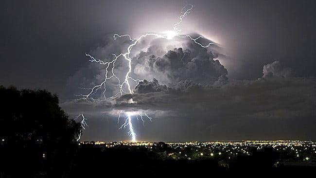 lightning gelong